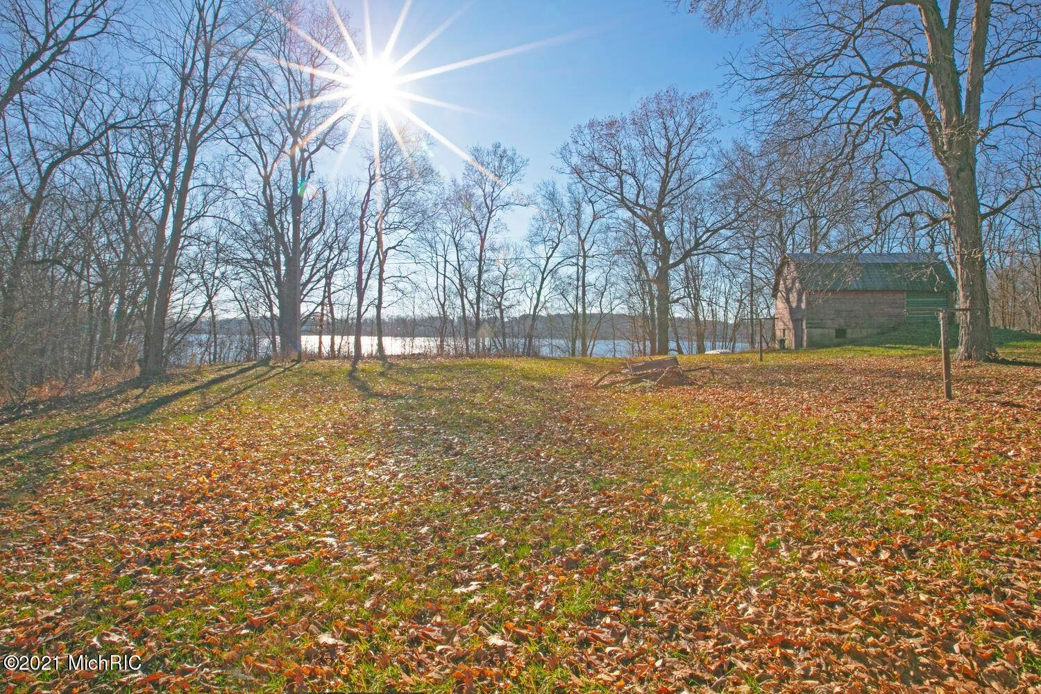 Terreno por un Venta en Parcel A Bair Lake Jones, Michigan 49061 Estados Unidos