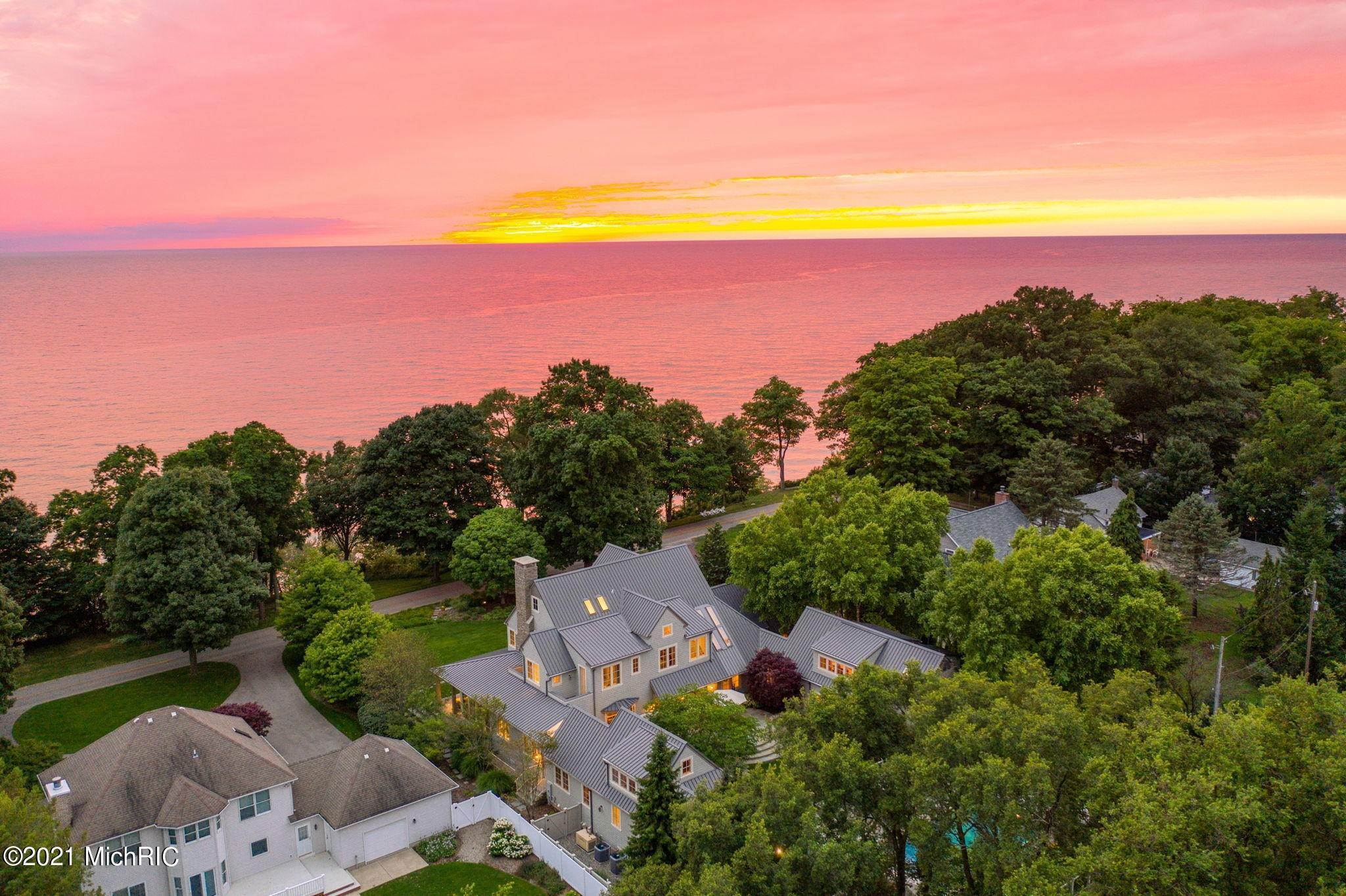 2. Farm and Ranch Properties for Sale at Lake Michigan, Saugatuck, Michigan United States