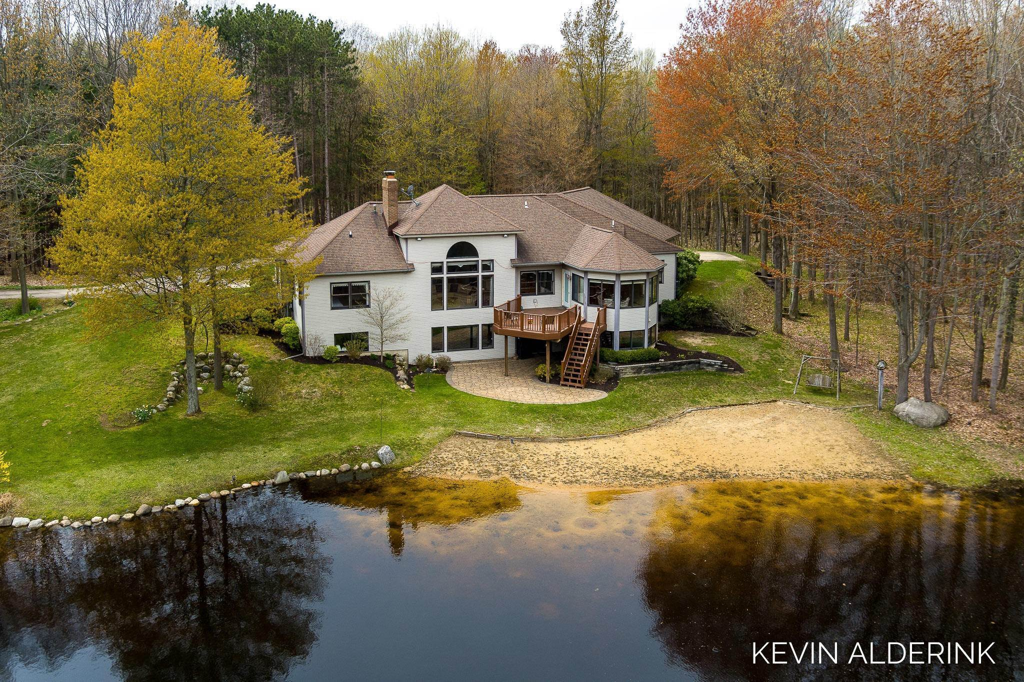 Farm and Ranch Properties for Sale at Saugatuck, Michigan United States