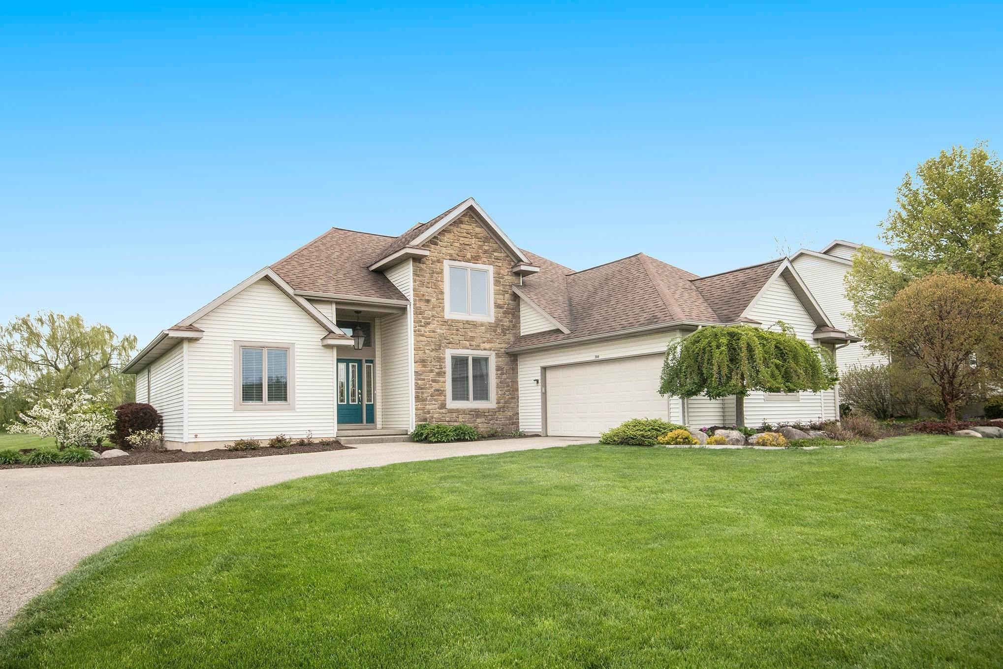 Single Family Homes for Sale at Caledonia, Michigan United States